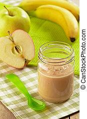 Apfel und Banane rein