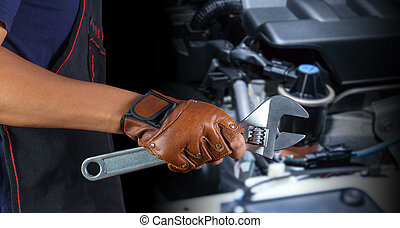 Automechaniker.