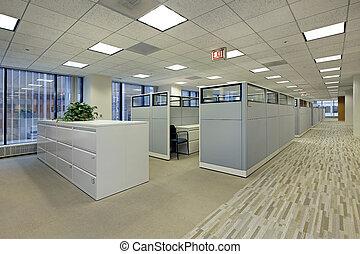 Bürobereich mit Kabinen