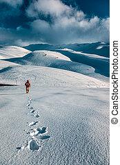 berge, mann, verschneiter