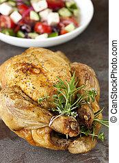Brathähnchen mit Kräutern und griechischem Salat