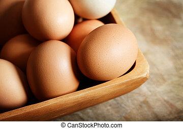 Braune Eier.