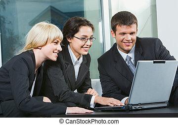 Drei Geschäftsleute