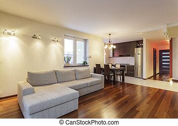 Ein geräumiges Apartment - Wohnzimmer
