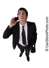 Ein Mann mit Handy