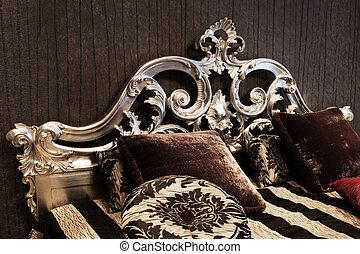 Ein modisches Bett