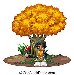 Eine schwarze Frau, die unter dem Baum liest.