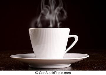 Eine Tasse heißen Kaffee