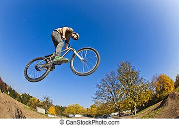fahrrad, gehen, junge, zerstreut, schmutz