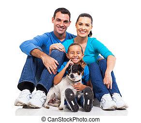 Familie und Hund.