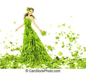 Fantasieschönheit, Modefrau in Jahreszeiten, Frühlingskleid. Kreatives hübsches Mädchen in grünem Sommerkleid, über weißem Hintergrund.