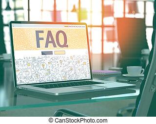 FAQ - Konzept auf Laptop-Bildschirm.