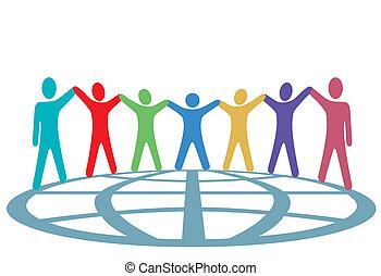 Farbige halten Hände und Arme auf dem Globus