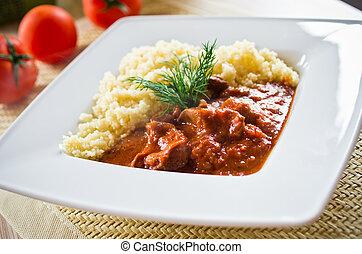 fleischtomaten, couscous, curry
