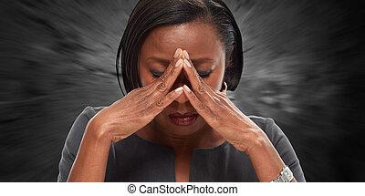 Frauen haben Migräne-Migräne.
