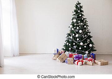 Frohe Feiertage Weihnachts-Neujahr Baum Geschenke.