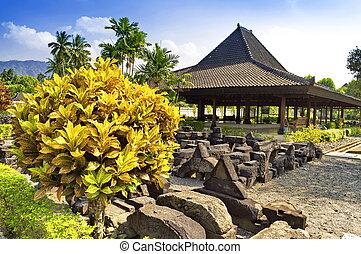 Garten in Prambanan Tempel