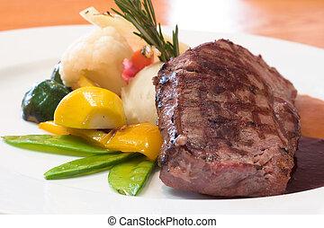 Gegrillte Steaks
