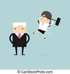 Geschäftsfrau springt den Boss von hinten an.