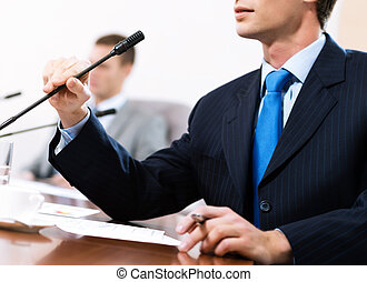 Geschäftsmann auf dem Meeting.
