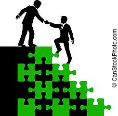 Geschäftspartner helfen bei der Lösung.