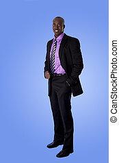 Glücklicher afroamerikanischer Geschäftsmann