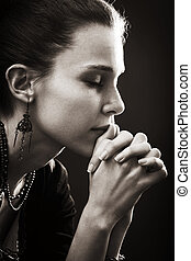 Glaube und Religion - Gebet der Frau
