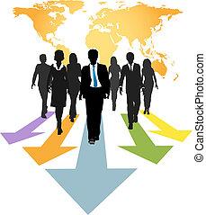 Globale Geschäftsleute vorwärts