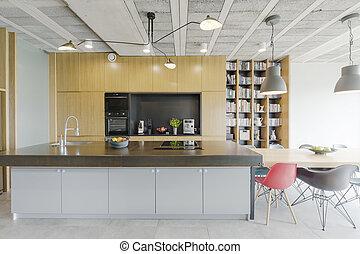 Große moderne Küche.