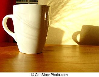 Guten Morgen, Tasse