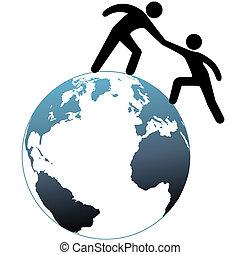 Hilfe hilft einem Freund auf der ganzen Welt