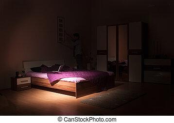 Im Schlafzimmer.