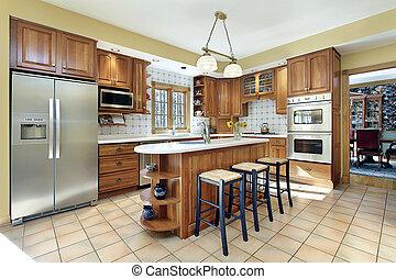 Küche mit Eichenschrank