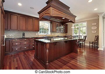 Küche mit Inselherd