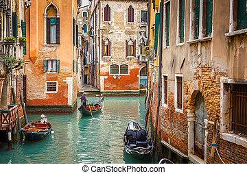 Kanal in Venedig.