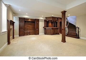 Keller mit Holzschrank