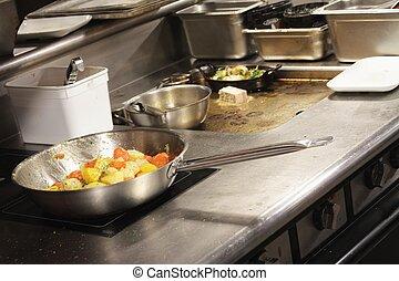 Kochen in der Küche.