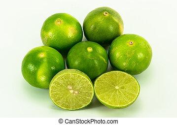 limette, freigestellt, früchte