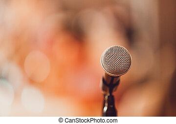 mikrophon, zimmer, buehne
