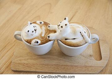 Milchkaffeebeschichtung aus Milchschaum auf der Tasse heißen Kaffee . Platz auf dem Holztisch