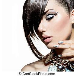Model-Mädchen Portrait. Trendige Frisur