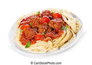 Nudeln mit Fleischbällchen und Tomatensoße