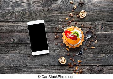 orange, schmackhaft, erdbeer, erdnüsse, auf., pfirsich, anis, -, rustic, bohnen, smartphone, gepeitscht, torte, bohnenkaffee, guten, nachtisch, fruechte, hintergrund, kiwi, cream., hölzern, sternen, verhöhnen, gewürz, walnuts.