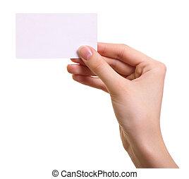 Papierkarte in Frauenhand, isoliert auf weißem Hintergrund
