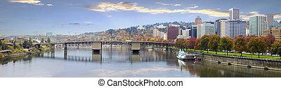 Portland Oregon, Downtown Skyline und Brücken