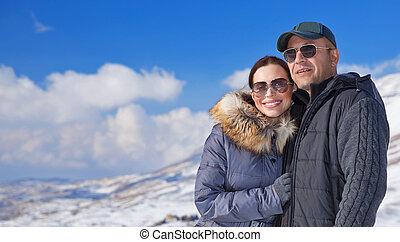 reisende, glücklich, berge, verschneiter