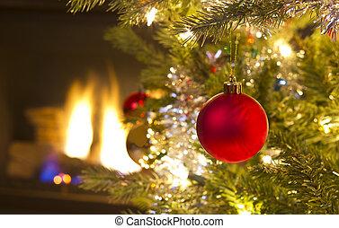 Roter Weihnachtsschmuck