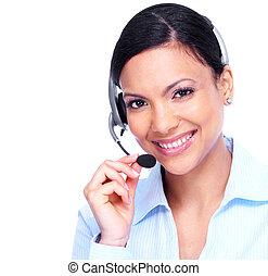 Rufen Sie die Geschäftsfrau der Zentrale an.