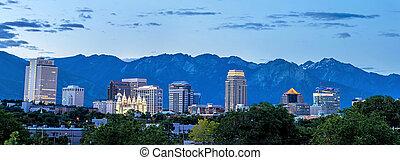 Salt Lake cuty utah skyline.