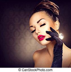 Schöne Glamour-Mädchenporträt. Vintage Style Mädchen